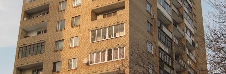 """Остекление балконов и лоджий в домах башня вулыха """" цены в м."""