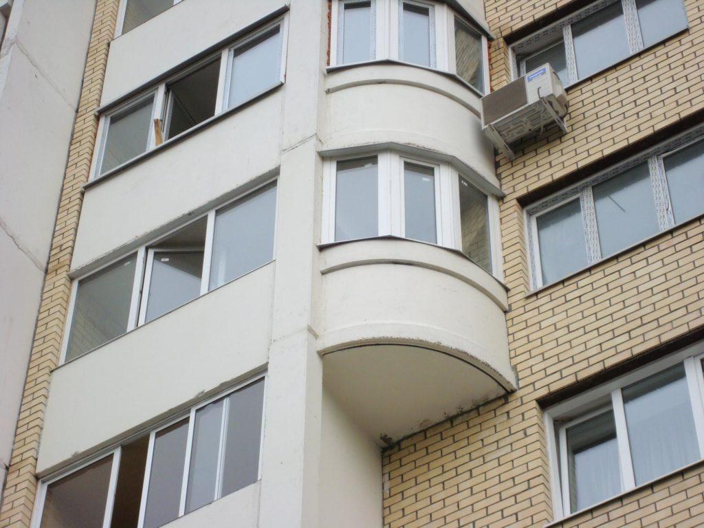 """Радиальное остекление балконов в москве """" цена от завода """"ок."""