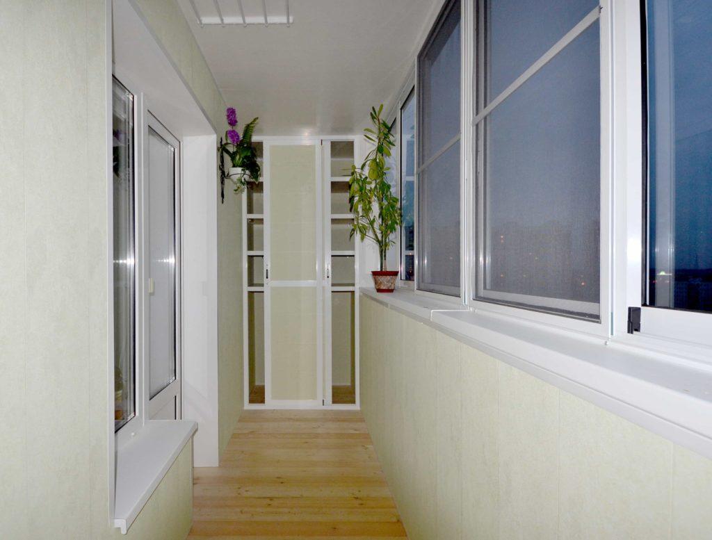 """Теплое алюминиевое остекление балкона и лоджий """" цены на ост."""
