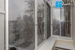 Балкон в сталинском доме с выносом по подоконнику